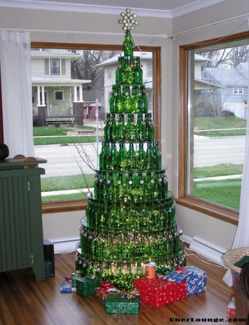 fuckyeahbeer:  parrjess:  its a beery christmas!  And a Merry Christmas was had by all! … we think.  We don't really remember  Can I have this for every Christmas please?