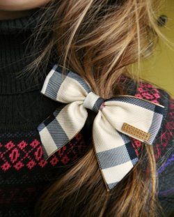 Need this bow. So cute!