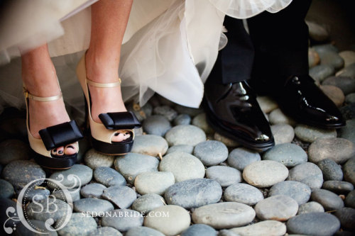 featured on http://www.phoenixbrideandgroom.com/blog/saturday-shout-out Phoenix Bride and Groom and Sedona Bride Photographers are Sedona Wedding Studio members.