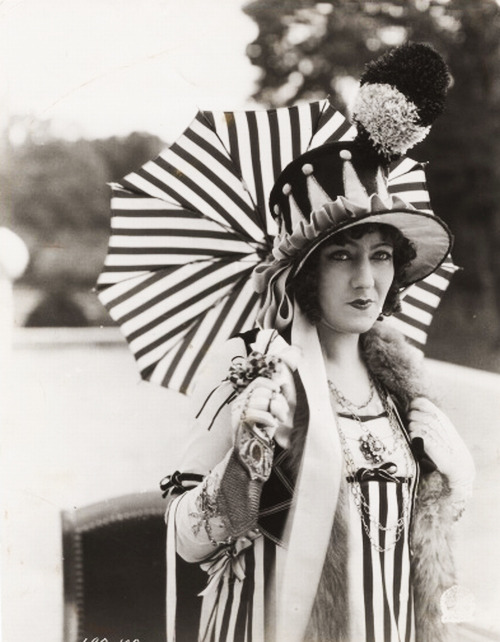 Gloria Swanson in Madame Sans-Gene  (1925)