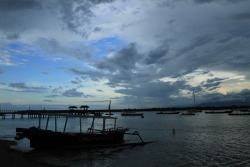 Gili Terawangan Island 's sunset (Lombok, Indonesia) submitted by: http://wahantara.tumblr.com, thanks!