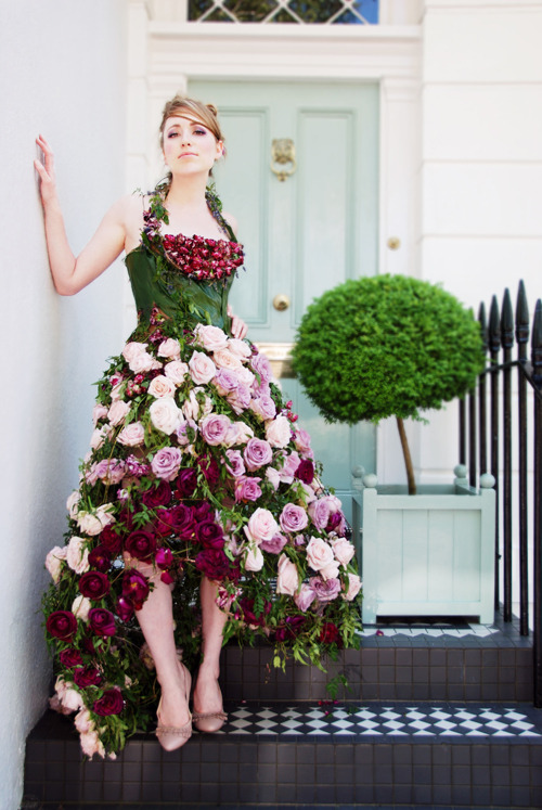A garden dress of epic proportions.