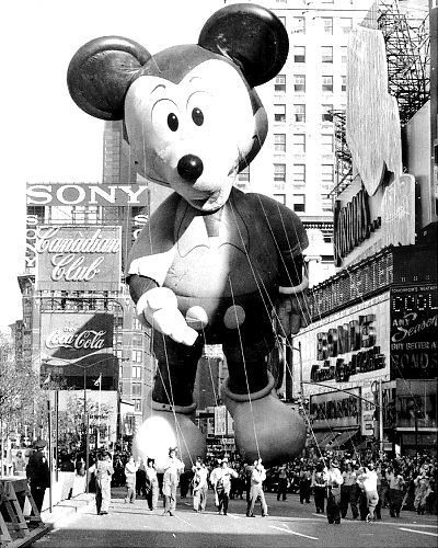 Thanksgiving Day Parade Photos Through the Years