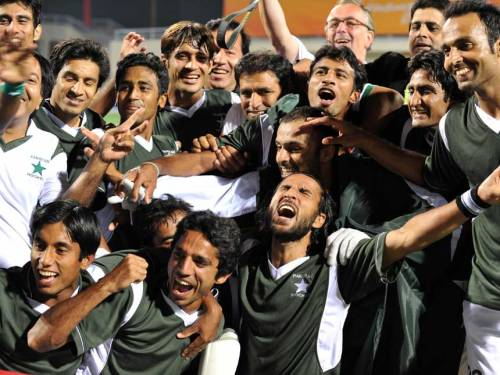 Pakistan wins hockey gold at Asian Games Pakistan bagged its third gold medal of the 2010 Asian Games when it defeated Malaysia 2-0 in the final in Guangzhou, China on Thursday. Congrats to the Green Shirts! (news item)
