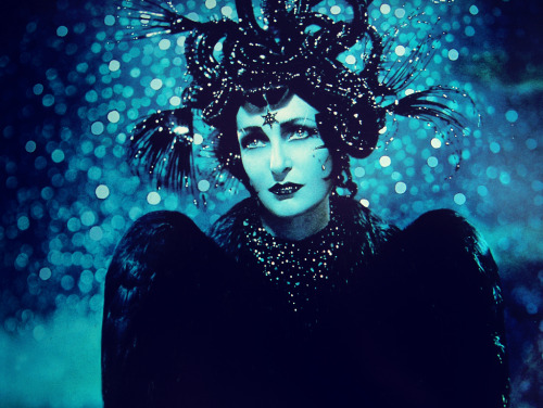 vintagegal:  Siouxsie Sioux photo by Pierre et Gilles