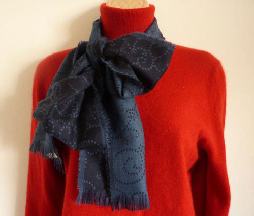 "eBay user Lulabel167 is offering cashmere scarves this year - she lists them as by a ""luxury Scottish mill,"" but we happen to know they're by Begg, which is one of the finest ""luxury Scottish mills"" in existence.  These often go for quite reasonable prices, and the UK-based seller is willing to ship worldwide.  Check out her stock here."