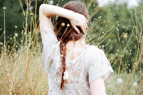 Acho que o amor acontece quando você não está a procura dele.  Taylor Swift.