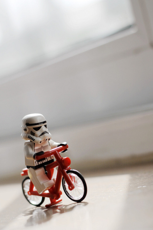 bicycling (Darth Panda)