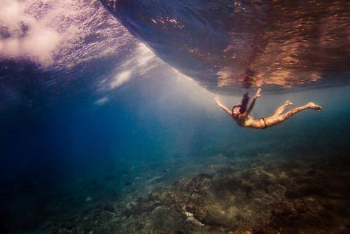 kari-shma:  below the break (by Sarah Lee)