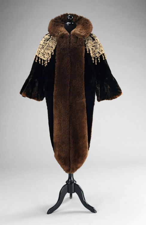 Charles Fredrick Worth evening mantle ca. 1887 via The Costume Institute of The Metropolitan Museum of Art