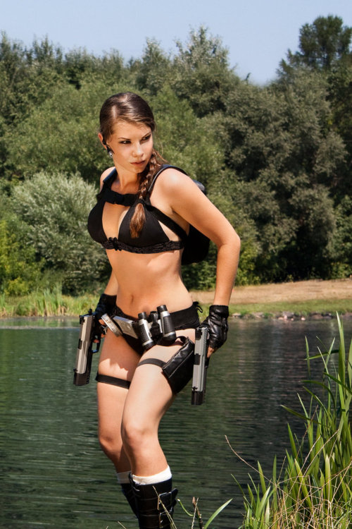 #gaming Week (Day 5 | Sexy Friday):  Lara Croft from Tomb Raider Underworld   Also, this is the 200th post in Cosplay Blog! Hooray!
