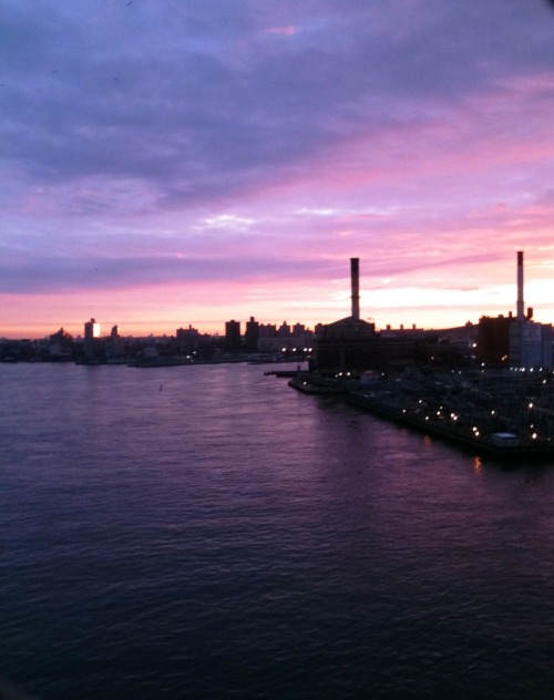 Sunrise over Brooklyn this morning. Taken while biking over the Manhattan Bridge.