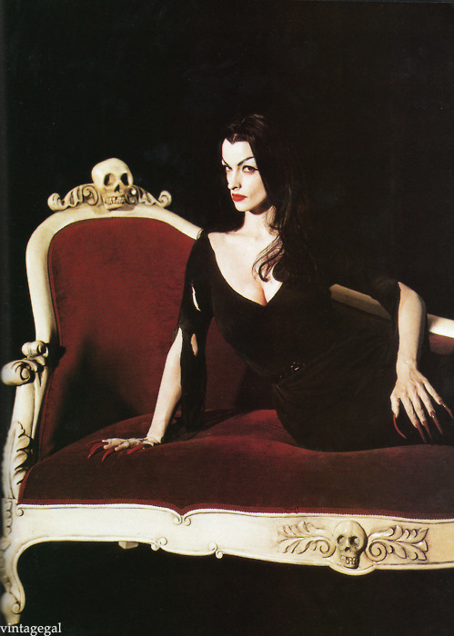 "vintagegal:  Lisa Marie as Vampira for the film ""Ed Wood"" 1994 photo by Tim Burton"