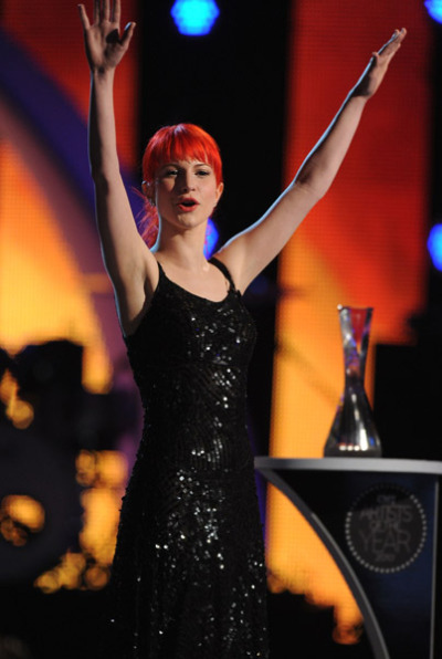 hayleywilliamsrocks:  Hayley looks very pretty and classy.