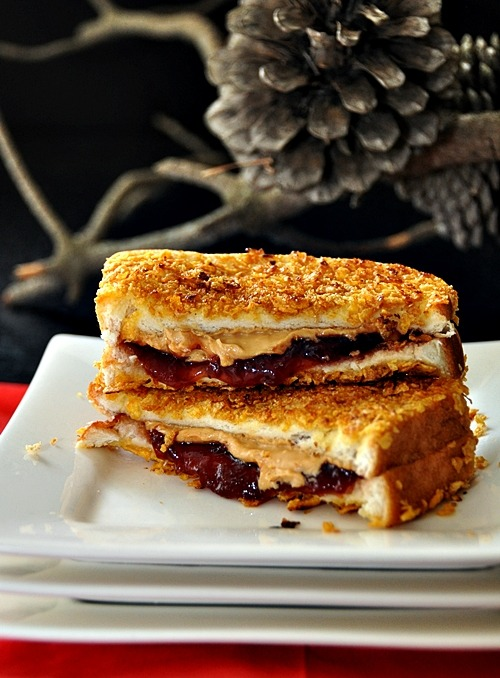 boyfriendreplacement:  Cornflakes Crusted Grilled Peanut Butter – Jelly Sandwich Recipe  Totally making this!!