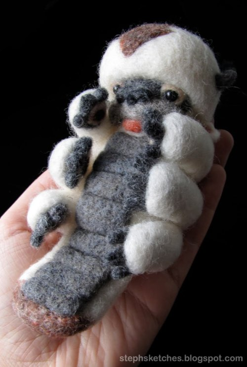 velocicrafter:  jhameia:  telegantmess:  zombieirish:  Needle-felted Appa from Avatar: The Last Airbender! Artist's website is on the picture and right here.  hey…baby…LOOKIT!  AAAAAAAAAAAAAAAAAAAAAAAAAAAAAAAAAAAAAAAAAAAPPAAAAAAAAAAAAAAAAAAAAAAAAAAAAAAAA!!!!!!!!!!!!!!!!!!!!  I NEED LIKE FORTY EIGHT THOUSAND HUNDRED OF THESE!!!  YES