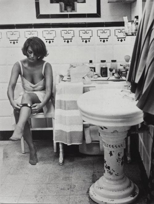 Lingerie in Film:Claudia Cardinale in Les deux rivales,1964