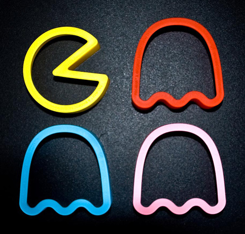 ckck:  If I baked cookies more often, I'd want these Pac-Man cookie cutters for Christmas. Scratch that, I want them anyway. Related: Pac-Man Christmas tree.  Tumblr's back, Tumblr's back!