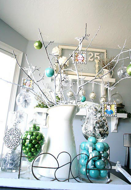 Gorgeous Christmas Centerpiece Layout
