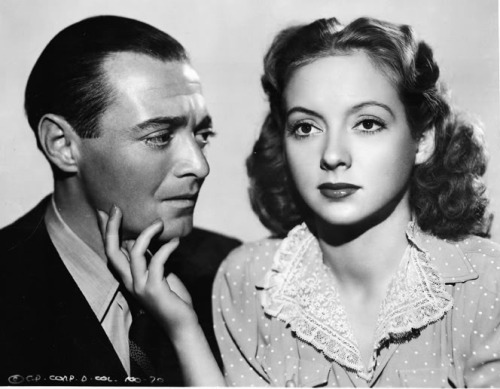 "itsaubreystumblr:  Janos (Peter Lorre) and Helen (Evelyn Keyes) from ""The Face Behind the Mask"" 1941 I watched this movie yesterday and it made me cry so much.. :'( it's so sad what happened to Janos and Helen. D':"