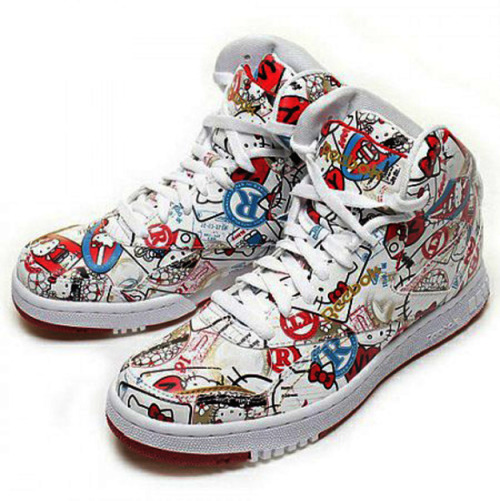 Hello Kitty x Reebok PT-20 - International Travel Kitty
