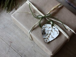 crumpledenvelope:  Etsy Transaction - birch leaves - natural ornaments - set of 6