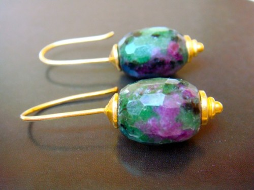 To bring a little tropical heat to your winter. Ruby Zoisite handmade earrings by steinschmuckdesign
