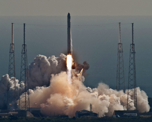 AND AWAY  SpaceX launched its Falcon 9 rocket from Cape Canaveral Air Force Station in Florida Wednesday. The launch, which was the first time a private company launched a spacecraft and then guided it back to Earth, was the first step in NASA handing over space-station supply runs. (Photo: Joe Marino & Bill Cantrell / United Press International via the Wall St. Journal)