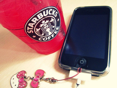 starbucks / iphone / hello kitty
