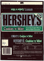 Hershey's Cookies 'n' Mint (image via.)