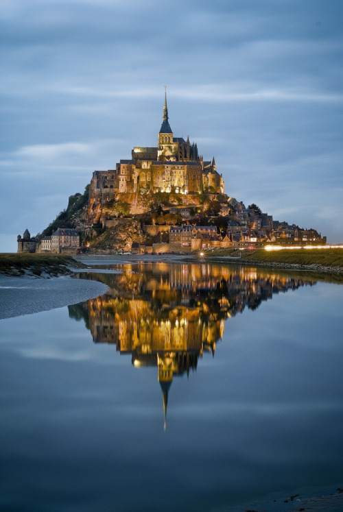 allthingseurope:  The perfect reflection - Mont Saint Michel, Northern France photo by Raoul21