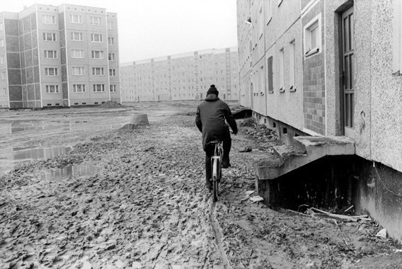 homesickheath:  Forbidden Photos of Everyday Life in East Germany - Siegfried Wittenburg der spiegel I just about remember the fall of the wall. I was barely three years old, so I didn't understand the significance. I scarcely understood lego at that age.
