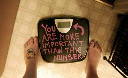 <3 everyone should believe this. I haven't weighed myself in awhile because it just makes me feel down. I wore a dress tonight  i've been saving for a special occasion, and i felt absolutely amazing. Yeah, weighing yourself is important for medical reasons, but save that for the Doctors office. Your all fucking gorgeous<33
