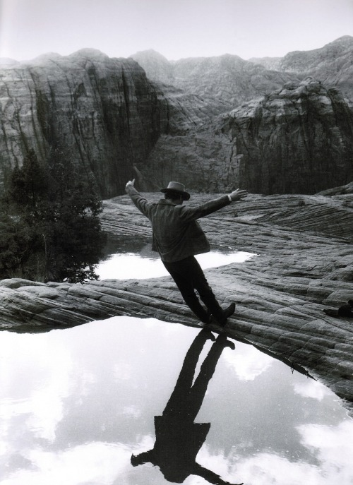 Paul Newman on the set of Butch Cassidy and the Sundance Kid (1969, dir. George Roy Hill ) (photo by Jimmy Mitchell, via)