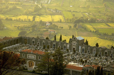 Cemetery in Cortona, Italy (by Robert Crum) | Website