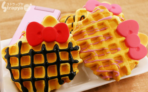 Sanrio Hello Kitty Face Shaped Waffle Charm