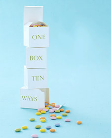 One favor/gift box ten different ways by Martha.