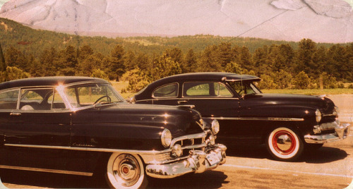 chromjuwelen:  1950 Cadillac Coupe DeVille and 1950 Mercury Coupe (by coconv)