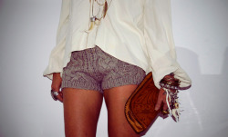 Amazing knit shorts done right (oh and beautiful clutch as well).