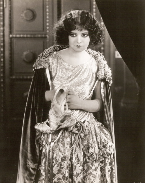 Clara Bow in Black Oxen (1923) Image Source: The Clara Bow Archive