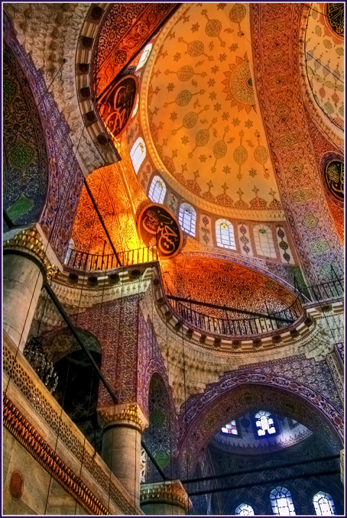 shogunpassion:  The symphony of colors ( Yeni, Cami, Istanbul ) by Vadim Arshavsky