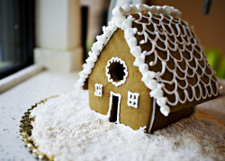 Gingerbread house by Bakedbree