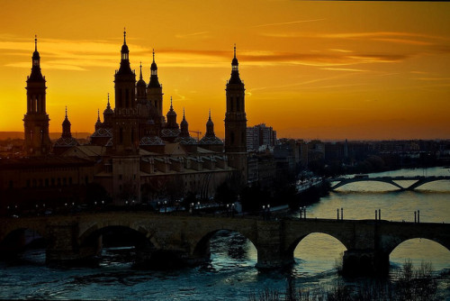 theworldwelivein:  Zaragoza, Spain© Antonio Goya