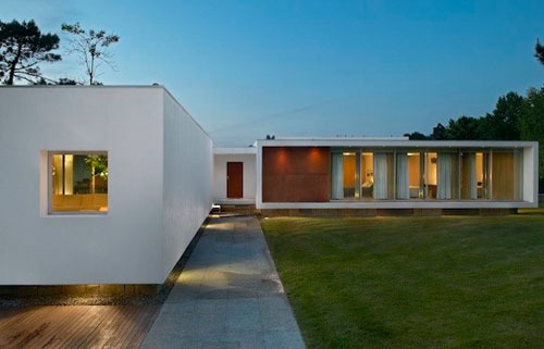 architectureblog:  Dream Home : Casa de Cerveira by dEMM Arquitectura | ChicTip.com - Interior Design Blog -Interior Design Ideas, Tips & Inspiration