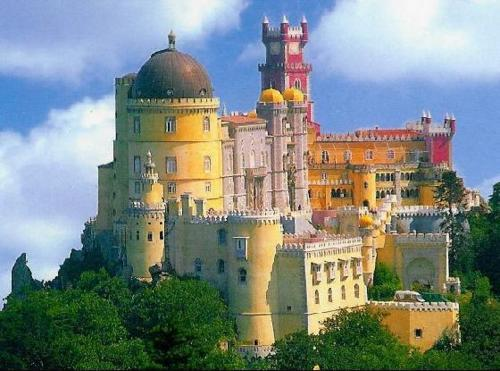 fuckyeahtravelinspirations:  Palacio da Pena, Sintra, Portugal Probably the most beautiful place I've ever been to http://nameless-liberty.tumblr.com