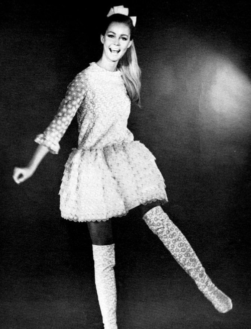 fuckyeah60sfashion:  Jacques Heim, Autumn/Winter 1967.