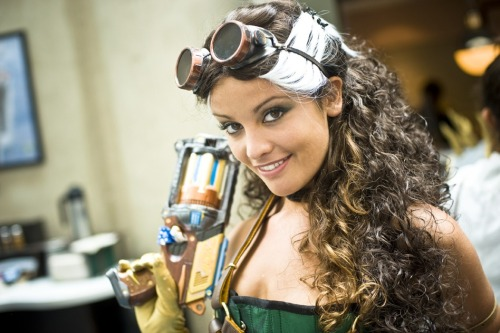 duh-zees:  Yummy, another steampunk Rogue???