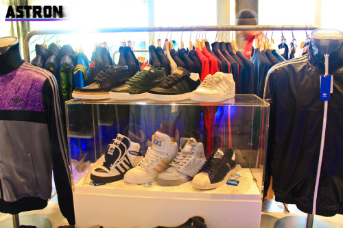 Before going to the Johnny Cupcakes shop, we dropped by first the Adidas concept store where my friend quietly screamed to death. For years Adidas was his favorite brand (more of only brand), shoes, shirts, and almost everything he wears. Fortunately now he appreciates other brands.. good for him. haha! Though, I applaud him for sticking to his promise of not spending anything, even though everything in the store were really appealing. Good job on stopping himself. haha!  If it was me, and I have the money, I'd spend my money like there's no tomorrow. I'll show you guys where I spent all my money next time!
