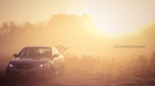 Future can wait Starring: Subaru Legacy (by Quan Duong)