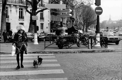PARIS STREET SCENE (by Louis Zoellar Bickett II)